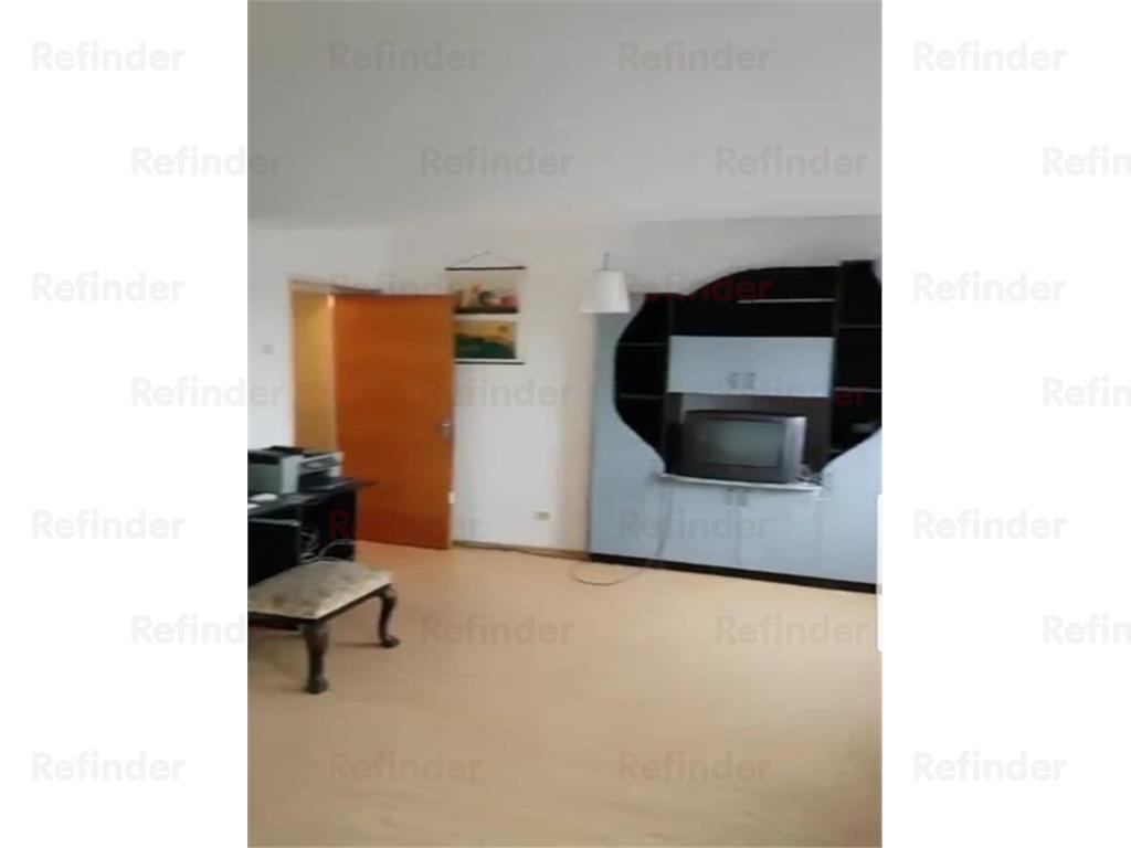 Vanzare apartament 4 camere Piata Iancului