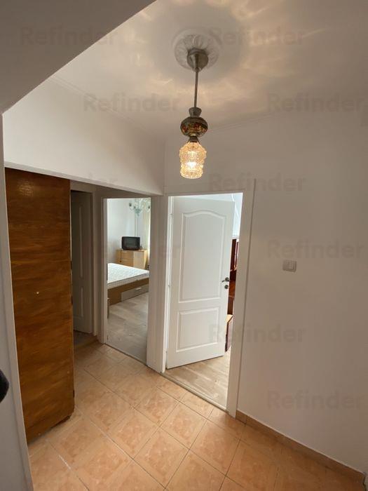 Oferta inchiriere apartament 3 camere zona Bucur Obor