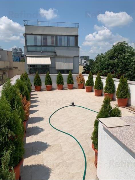 Vanzare penthouse 3 camere Piata Romana  Eminescu