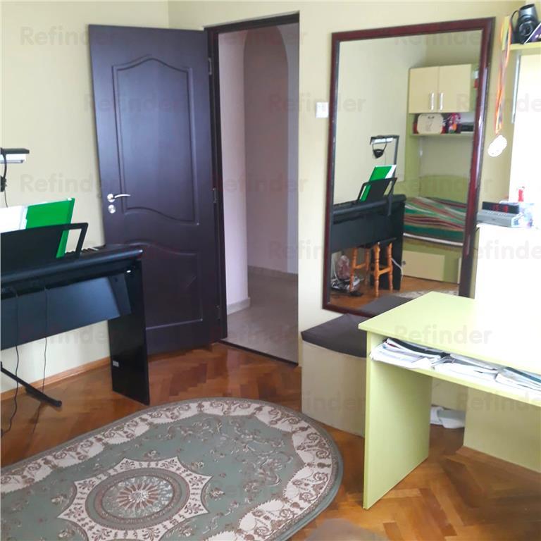 Vanzare apartament 3 camere Ferdinand  Obor
