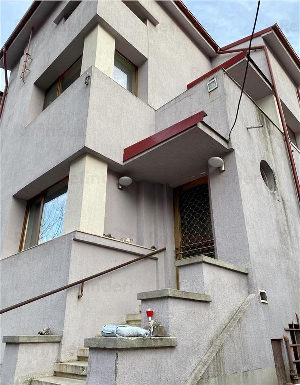 Vanzare vila 7 camere Piata Dorobanti