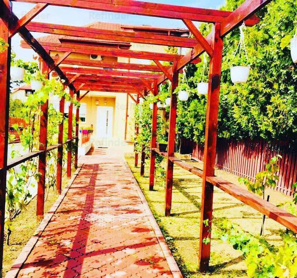 Vanzare vila zona Pipera 7 camere