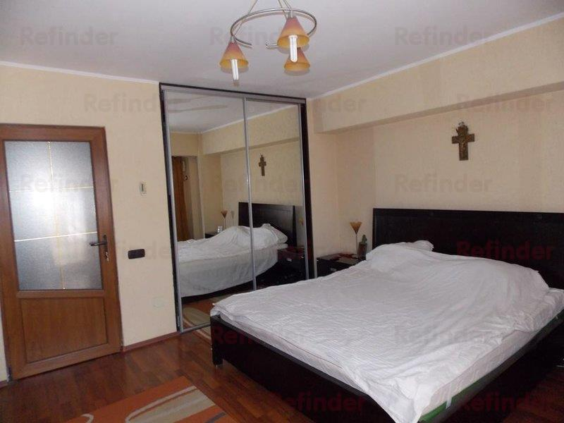 Vanzare Apartament 4 Camere Decebal  Zvon Cafe