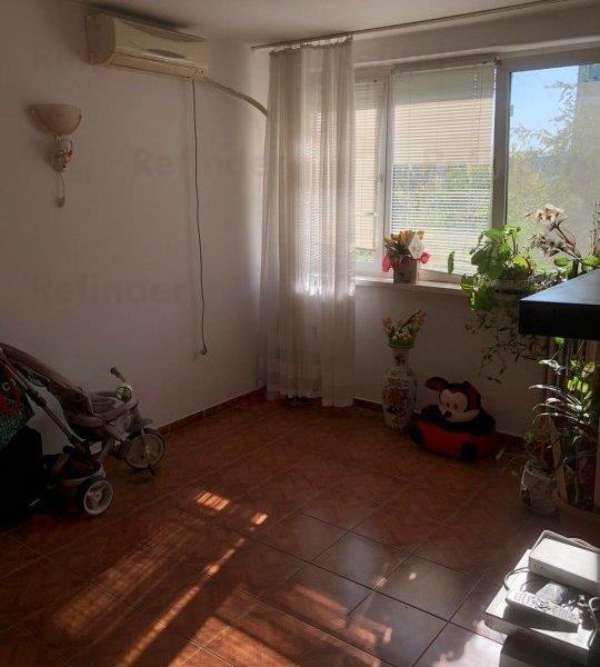 Vanzare apartament 4 camere Drumul Taberei  Moghioros