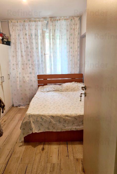 Vanzare apartament spatios in Tei