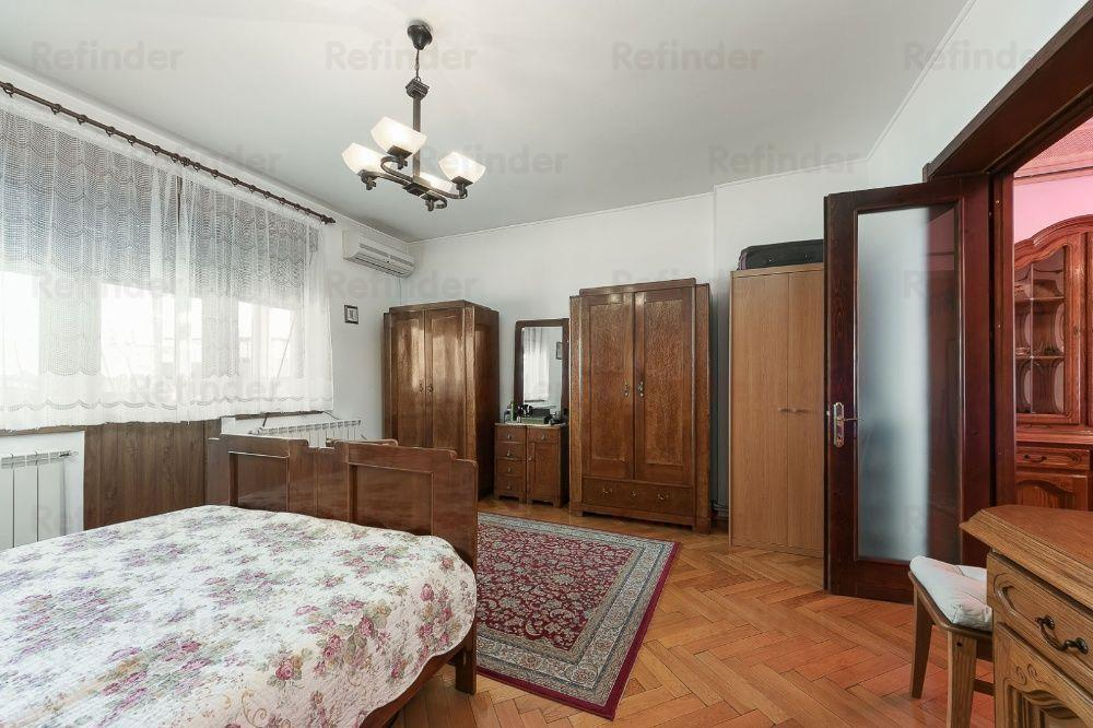 Vanzare apartament deosebit si spatios in zona Mosilor