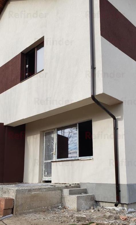 Se ofera spre vanzare Vila Duplex Aparatorii Patriei