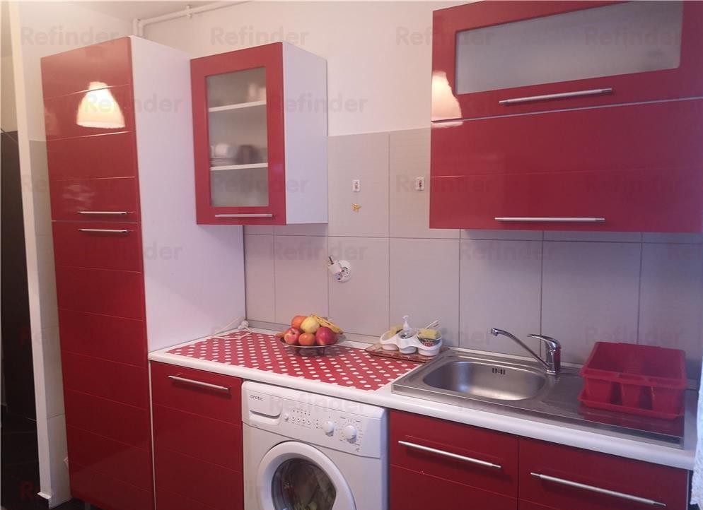 Oferta inchiriere apartament 3 camere  in zona Berceni,langa Piata Cultural