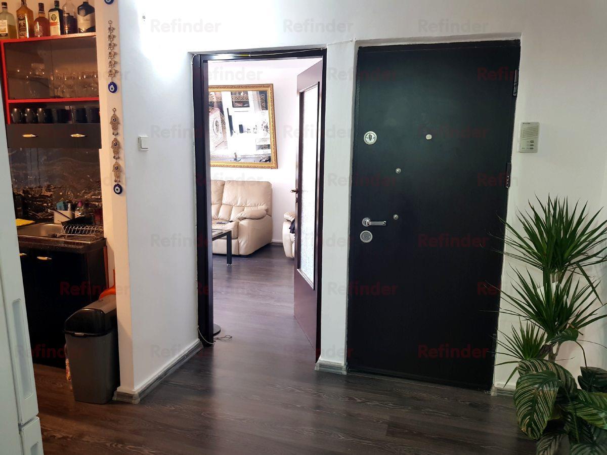 Vanzare 2 camere Tineretului  metrou Timpuri Noi   bloc 1987   etaj 3 / 4   renovat  