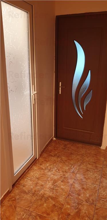 Vanzare apartament 2 camere decomandat Aparatorii Patriei