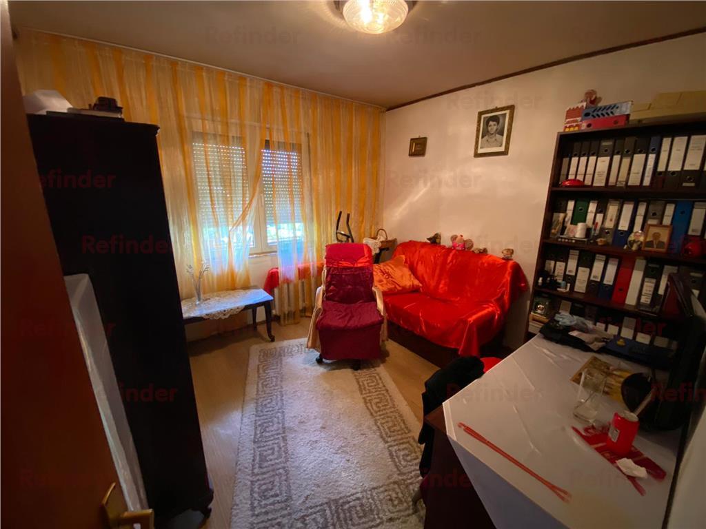 Oferta vanzare apartament 3 camere Basarabia / MegaMall