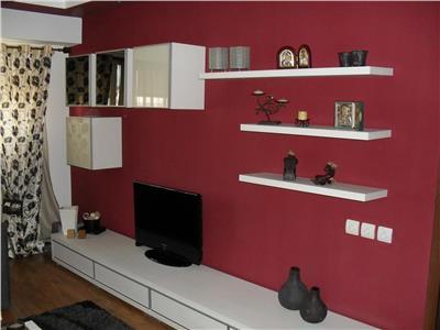 Inel 2 -Vanzare apartament cu 3 camere, 2 grupuri sanitare - Constanta
