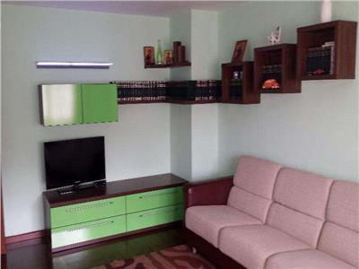 Vanzare apartament decomandat cu 2 camere in zona Inel 2 - Constanta