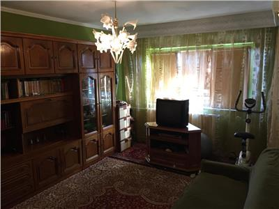 Inel 2 - vanzarea apartament decomandat cu 2 camere si parcare