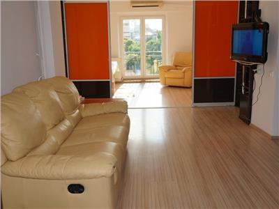 Inchiriere apartament 4 camere modern Unirii, Ultracentral