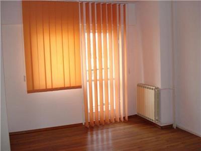 Inchiriere apartament 5 camere nemobilat Unirii, Bucuresti.