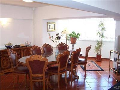 Inchiriere apartament 3 camere duplex Unirii, Bucuresti.