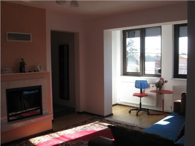 Vanzare apartament 4 camere Cantacuzino Ploiesti