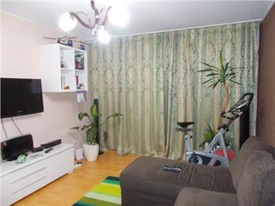 Vanzare apartament 3 camere 9 Mai Ploiesti