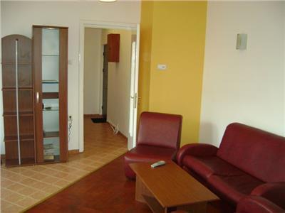 Inchiriere apartament doua camere Magheru - Universitate