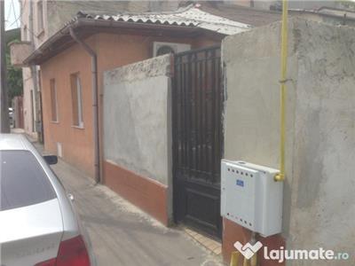MOSILOR :Casa  de vanzare , 2 camere