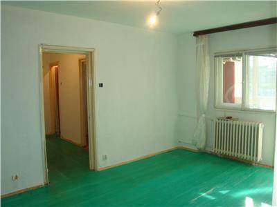 Vanzare apartament 3 camere Magheru - Piata Lahovari, Bucuresti