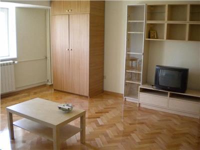 Inchiriere apartament 2 camere Piata Alba Iulia
