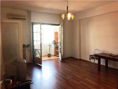 Apartament 2 camere in Bulevardul Magheru