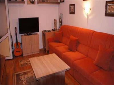 Inchiriere apartament 3 camere Vest Ploiesti