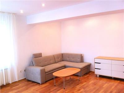 Apartament 3 camere de inchiriat in Herastrau
