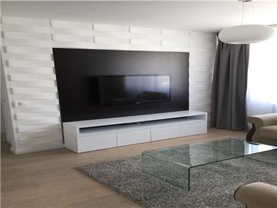 Apartament 3 camere de vanzare in Stefan cel Mare