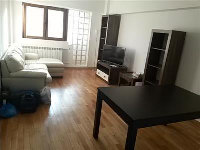 Inchiriere apartament 4 LUX  camere Romana, Bucuresti