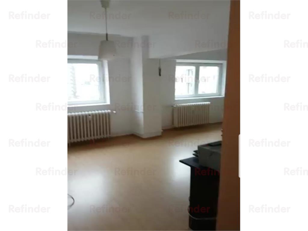 vanzare apartament 4 camere piata iancului Bucuresti