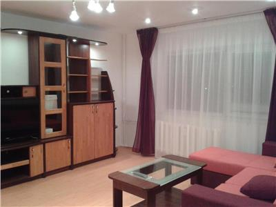 Apartament de inchiriat 3 camere Mall Vitan