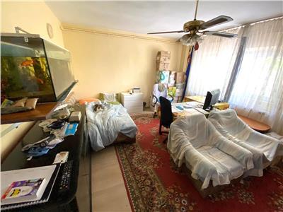 Vanzare apartament 3 camere Mall Vitan | loc parcare ADP | bloc reabilitat | bloc 1990