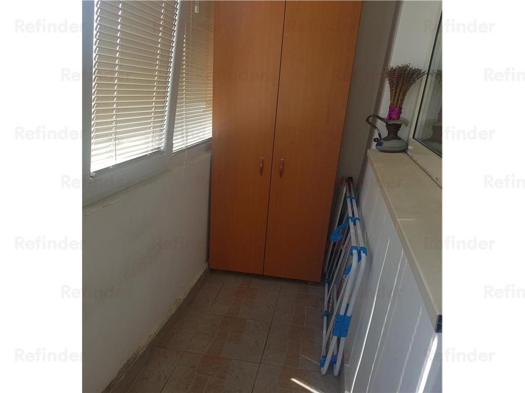Vanzare apartament 3 camere decomandat Tineretului