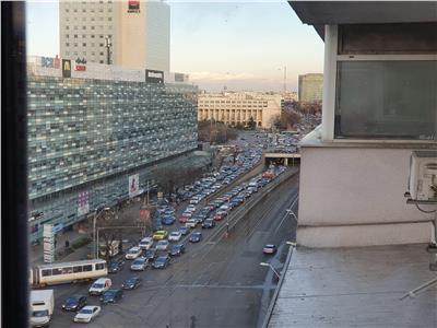 vanzare apartament 4 camere - pta. victoriei - america house Bucuresti