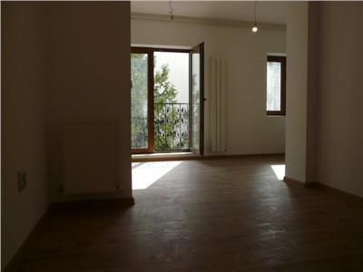 Vanzare apartament 2 camere  1mai, expozitiei