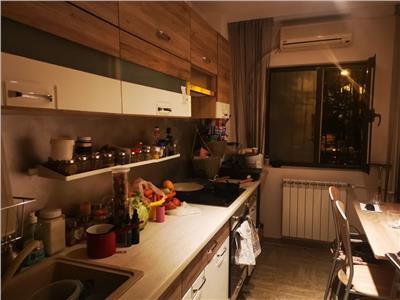 Vanzare apartament 2 camere Tineretului