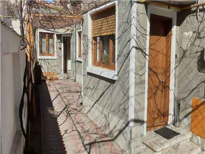 vanzare casa 3 camere parcul carol - rond cosbuc Bucuresti