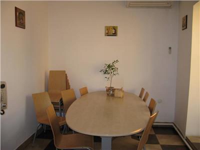 Vanzare vila 8 camere in stil Brancovenesc zona Cotroceni