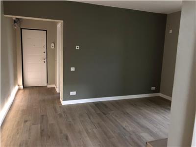 Vanzare apartament 2 camere Vatra Luminoasa