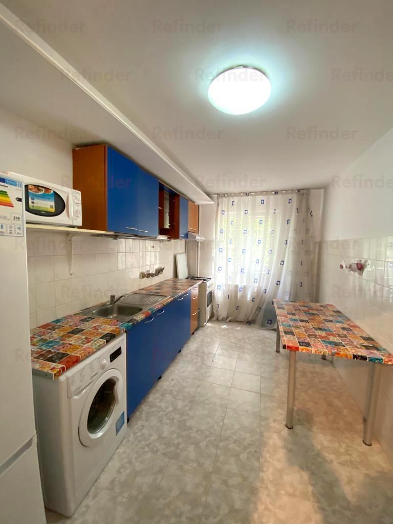 Vanzare apartament 4 camere Lacul Tei  Otesani, Bucuresti