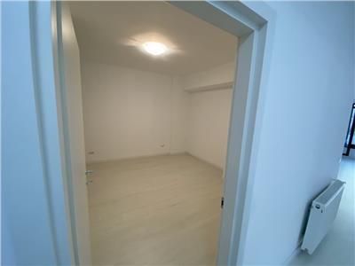 Vanzare apartament 3 camere zona Mihai Emiescu