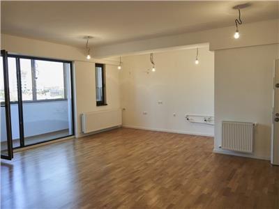 vanzare apartament 3 camere in zona dacia Bucuresti