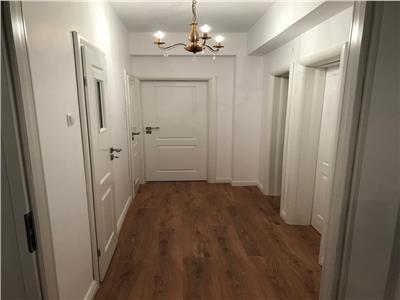 vanzare apartament 4 camere in zona mihai eminescu Bucuresti