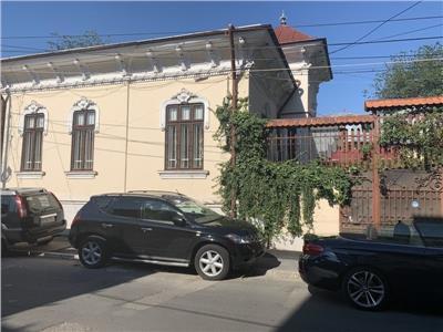 Vanzare vila zona Dacia