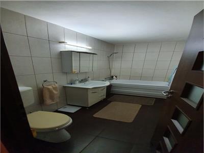 Vanzare apartament 4 camere 13 Septembrie