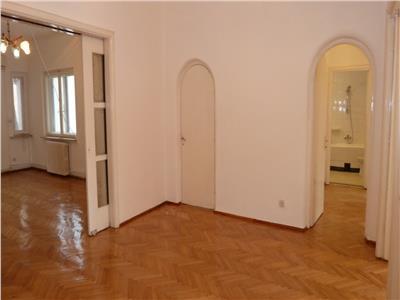 Inchiriere apartament 5 camere Romana - Gradina Icoanei