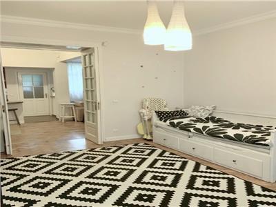 vanzare apartament 3 camere, plus mansarda - vila langa cismigiu Bucuresti